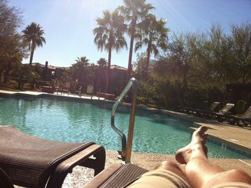 Phoenix condo rental - My favourite spot at the pool, spa hot tub is at the far end of the pool.