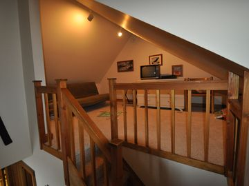 Upstairs loft area.