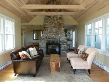 Narragansett cottage rental - Living Room