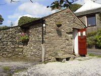 THE STABLES, pet friendly, with open fire in Staveley, Ref 753