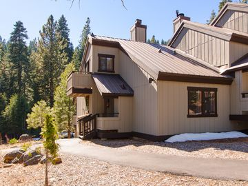 Tahoe City condo rental - Perfect Cabin for family getaway to Lake Tahoe's North Shore / Tahoe City.