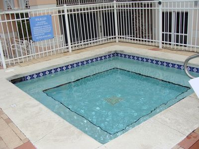 large community hot tub