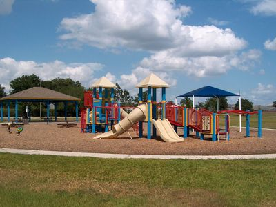 Crescent Lakes kiddie playground