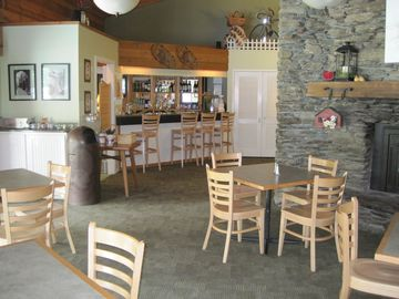 .Pub and restaurant in Recreation center.