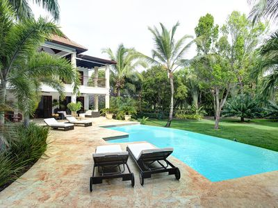 PRIVACY AND LUXURY- FULL STAFF 5BD / MOST PRIVATE VILLA TORTUGA BAY