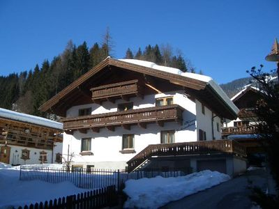 Comfortable Apartment - In A Central Village Location With Ski And Hiking Nearby