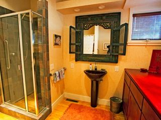 Coronado house photo - Guest bathroom