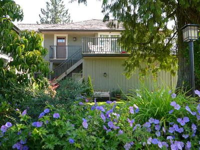 New, private, 2 bedroom apartment Fort Langley/Glen Valley country estate