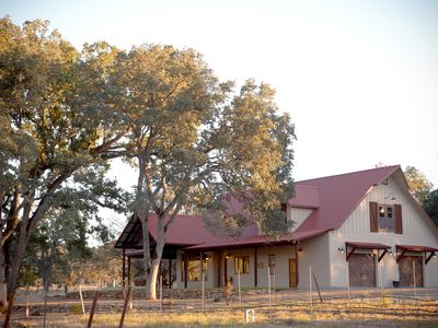 Perfect Get away!  Lovely, romantic,  peaceful location in the vineyard!