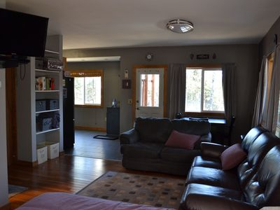 BEAUTIFUL SECLUDED STUDIO only 2 miles from the heart of Soldotna!!!!