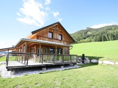 New luxury chalet with sauna 300m from the lift