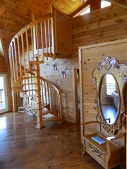 Pigeon Forge cabin photo - Entering Easy View Lodge