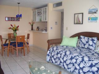 Isla Verde condo photo - Double Day Bed