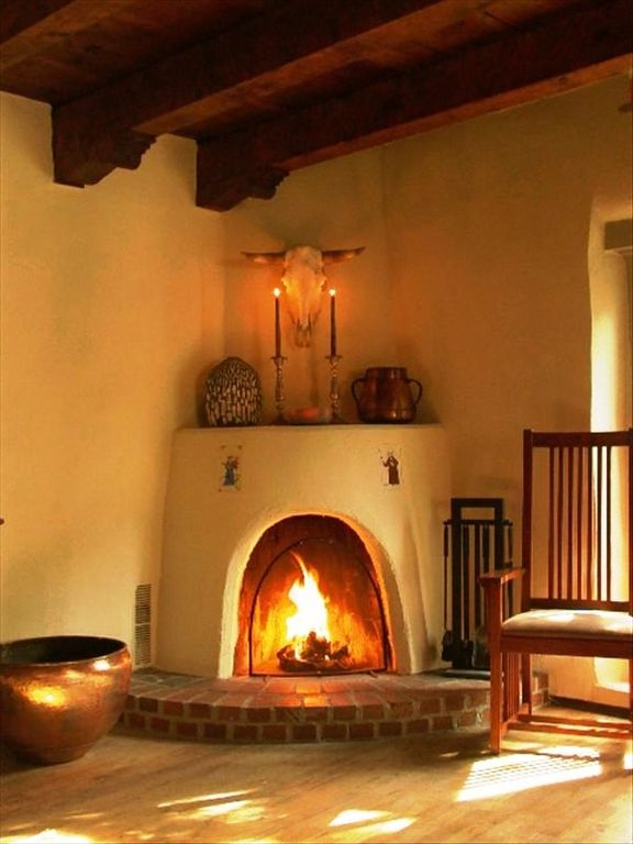 Santa Fe house rental - Living Room Kiva Fireplace