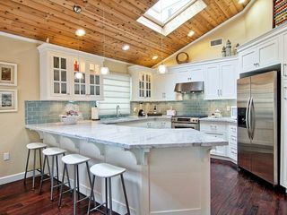 Hermosa Beach house photo - Stunning Kitchen