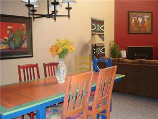 Taos Ski Valley condo photo - Big family sized dining table