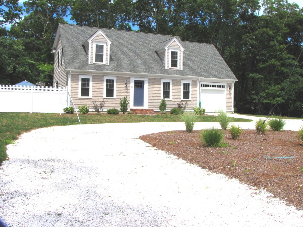 Luxurious Home Walk To Craigville Beach Homeaway