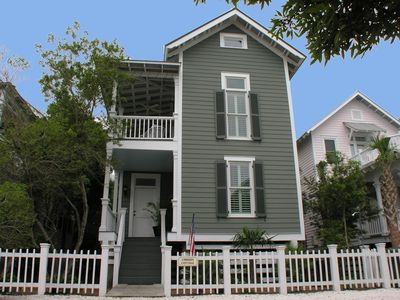 True Knot is a Charleston style side porch cottage