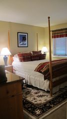 Bretton Woods townhome photo - A cozy and bright bedroom. All bedrooms have a queen mattress.