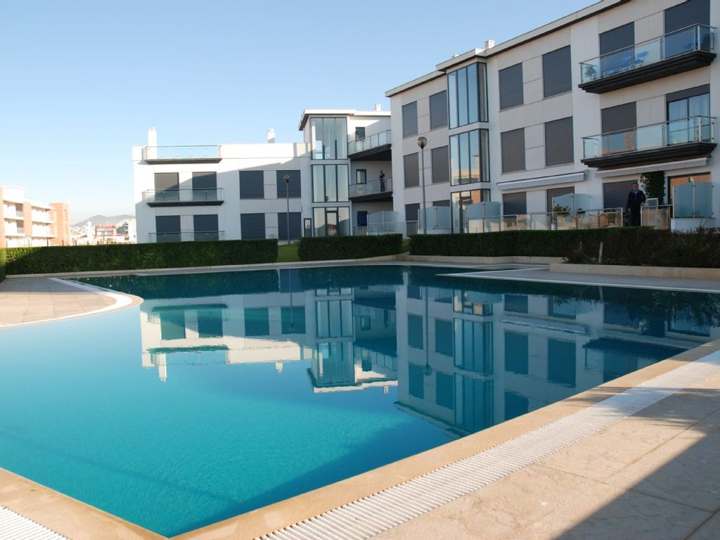 Luxury apartment, 110 square meters, close to the beach