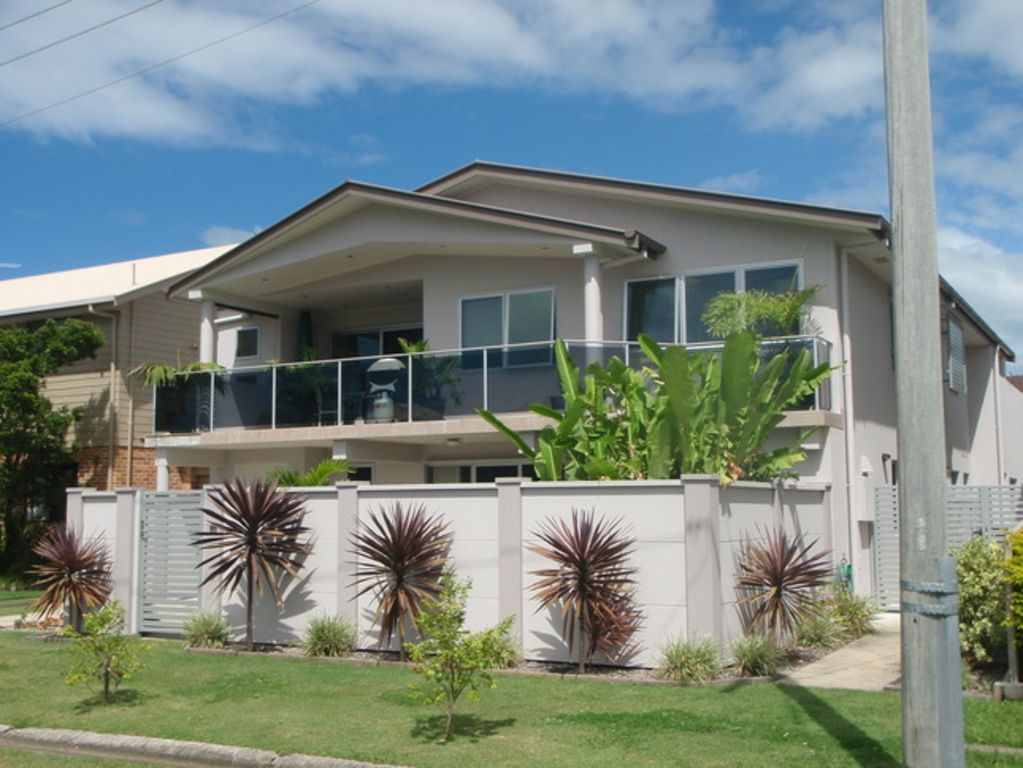 The Beach House - close to all amenities