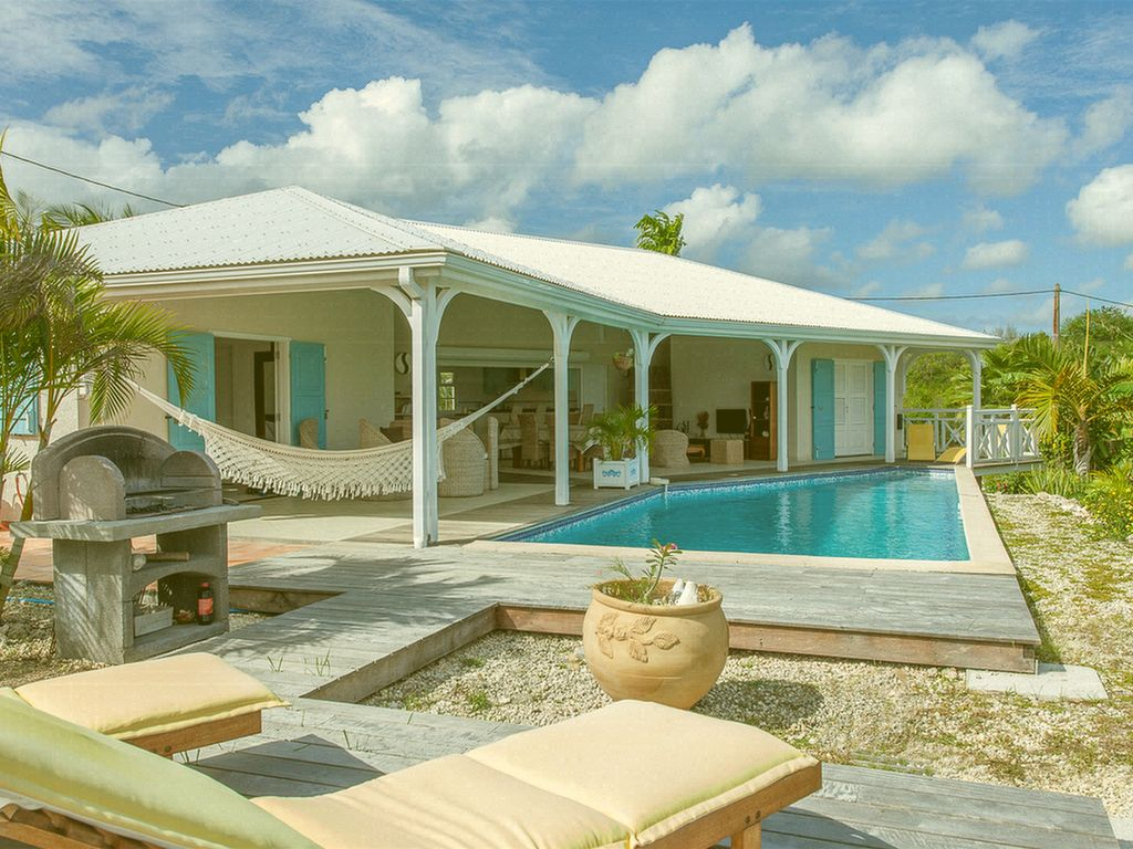Villa trianon marie galante grand bourg location de for Jardin 4 epices marie galante