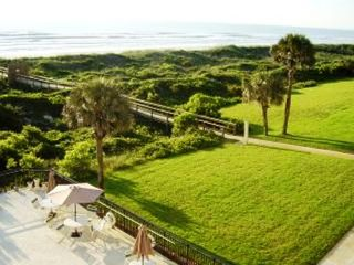 St. Augustine condo photo - Minute Walk To Uncrowded Beach-No Public Ramps
