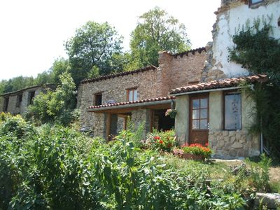 Secluded Mountain Cottage in French Pyrenees. Fantastic mountain panoramas