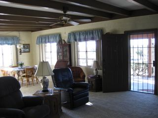 Yucca Valley house photo - Dinning area