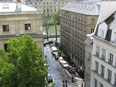 1st Arrondissement Louvre apartment rental - View of Seine from balcony