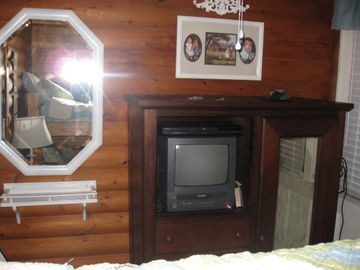 3rd bedroom has TV/VCR and DVD