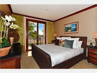 Kapolei villa photo - Master Bedroom with King Bed