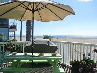 Marina del Rey condo photo - Picnic table and BBQ for al fresco dining! View looking south.