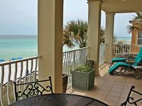 New Listing At The Villas! A Few Weeks Left! Ocean Front, Gorgeous Villa/ Pool