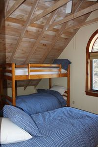 Bunk bed and twin trundle sleep 4.