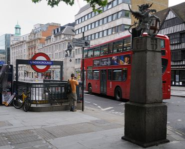Chancery Lane, Farringdon and bus routes
