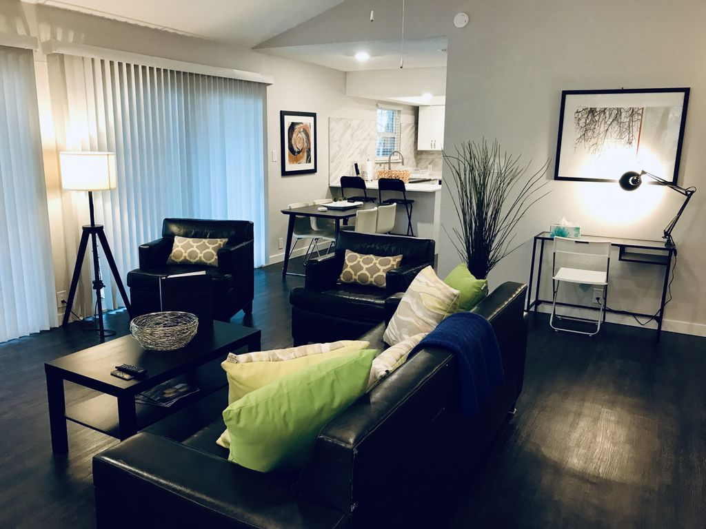 Westlake Cottage near Downtown and Zilker!