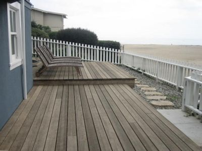 Large coastal deck facing Seabright beach and the pier