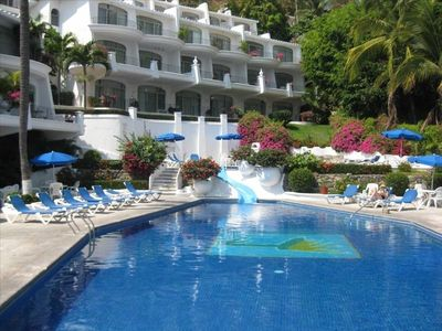 View of the pool at Dolphin Cove Beach Rental in Manzanillo, Mexico