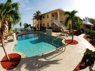 Little Cayman condo photo - The Club