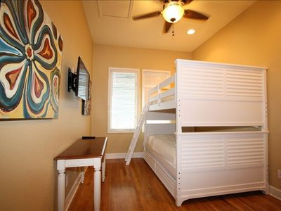 Bunk Room 2 (Sleeps 4)