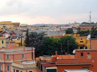 San Giovanni - Esquilino apartment photo - Panoramic view from the window
