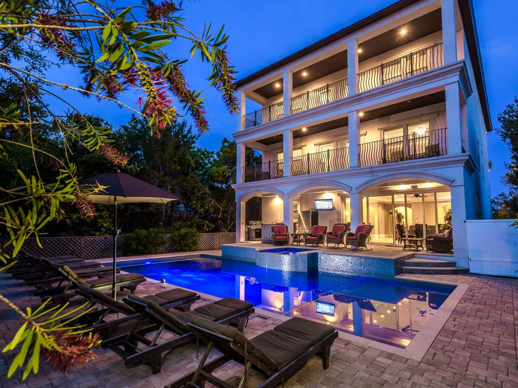 Venetian Palace Luxury 9 Bdrm Home With Gulf Vrbo