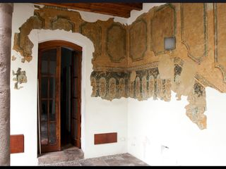 Quito apartment photo - Frescoe in the hall