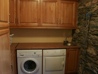 Killarney cottage photo - Large laundry room behind the kitchen
