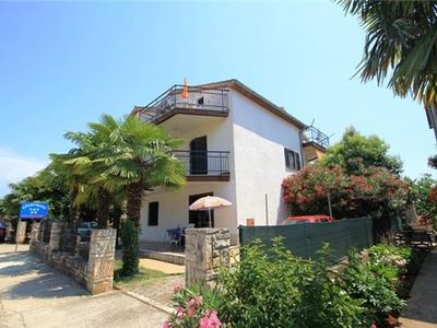 Holiday apartment 407335