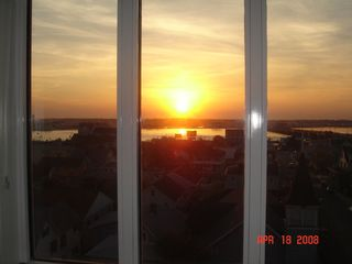 Belmont Towers Ocean City condo photo - Living Room Bayside Sunset