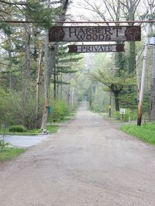 Harbert house rental - Entrance to Harbert Woods