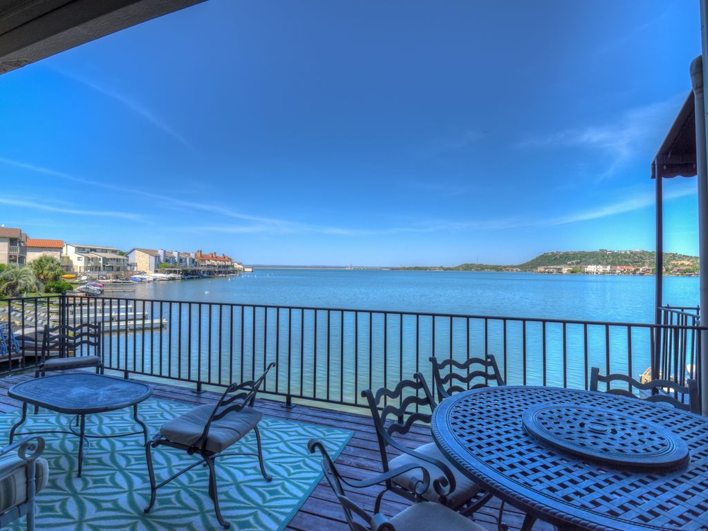 5 STAR Accommodations, 3700 SF Private Dock, Water Front, Across HSB Resort