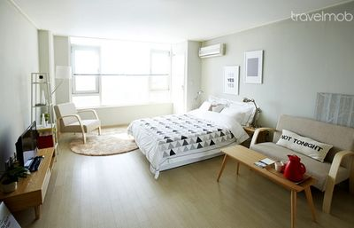 Photo For Seoul South Korea Vacation Apartment Rental 1 Bed Stunning Studio Garosugil